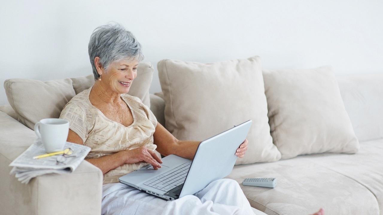 Finding Caregiver Support Online-Image