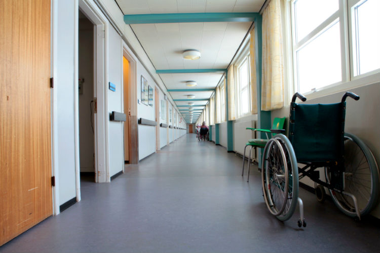 Choosing a Long-Term Care Facility: Tips from a Certified Nursing Assistant-Image