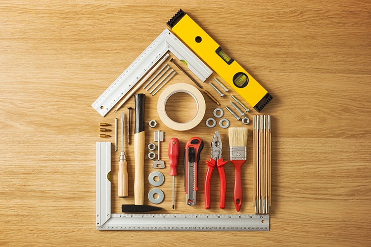 How can I find a qualified builder to remodel a home for elderly parents?-Image