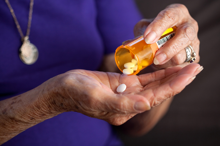 How can I get extra medication to put in an emergency supply kit?-Image