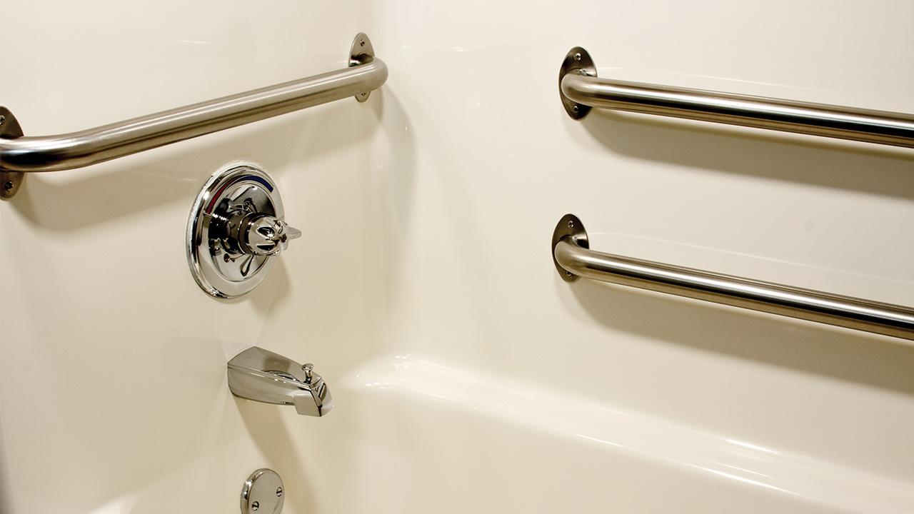Height For Bathroom Grab Bars, How To Fit Bathroom Grab Rails