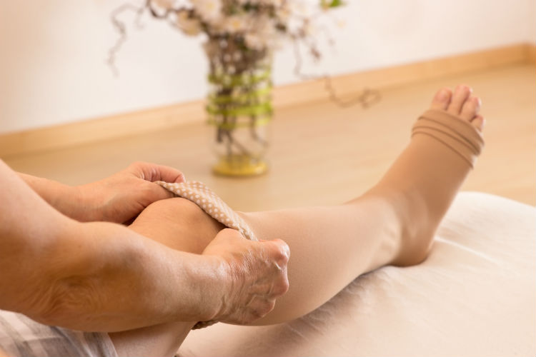 Caregiver Tips For Managing Swelling In A Senior S Feet Ankles