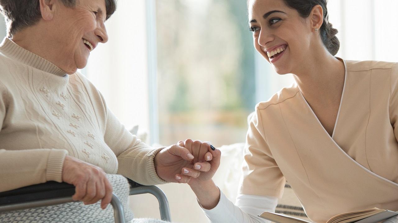 如何选择家庭护理机构形象
