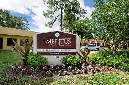 Lamplight Inn of Fort Myers at Fort Myers, FL