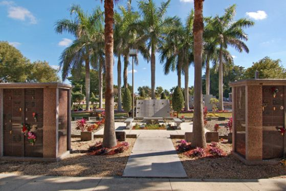 Forest Lawn Memorial Gardens at Fort Lauderdale, FL