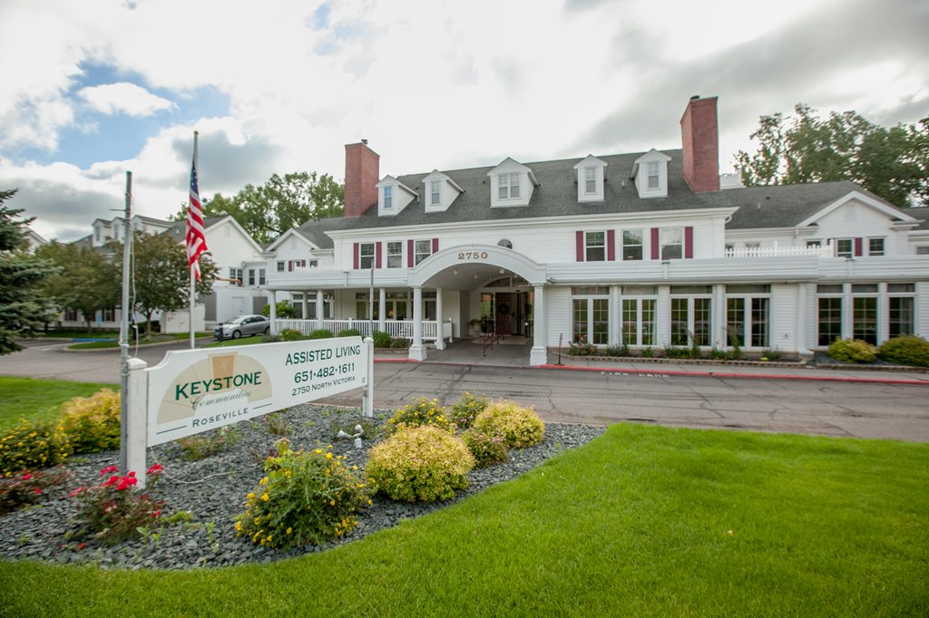 New Perspective Senior Living | Roseville at Roseville, MN