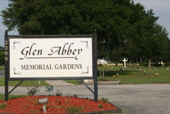 Glen Abbey Memorial Gardens at Auburndale, FL
