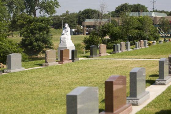 Grove Hill Memorial Park at Dallas, TX