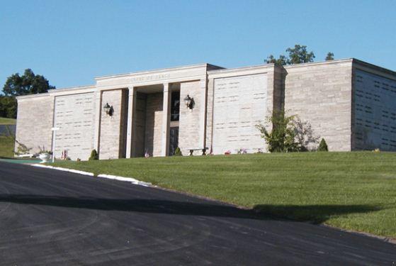 Sunset memorial funeral home parkersburg wv funeral home for Sunset memory garden funeral home