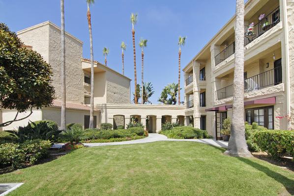 Las Villas De Carlsbad at Carlsbad, CA