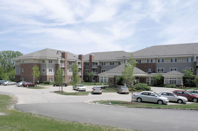 Fox Point Independent and Assisted Living at Mchenry, IL