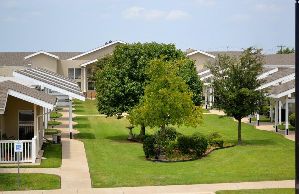 Bethesda Gardens Fort Worth at Fort Worth, TX