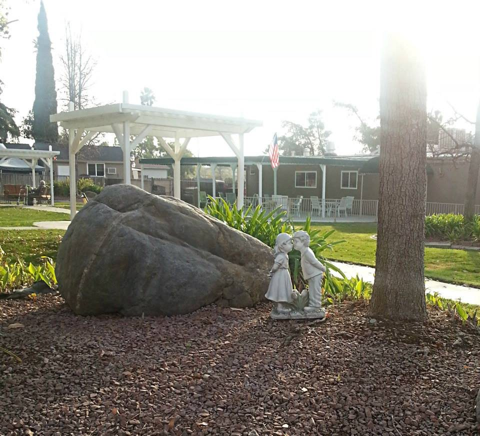 Rose Garden Residential Care at Mentone, CA