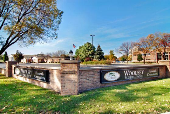 Davison-Fulton-Woolsey Funeral Home at Pekin, IL