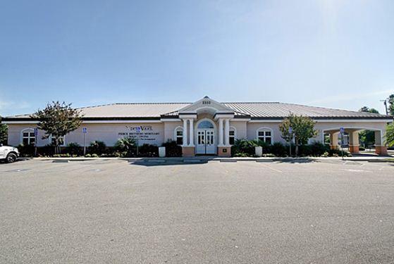Funeraria Del Angel Pierce Brothers West Covina Mortuary at West Covina, CA
