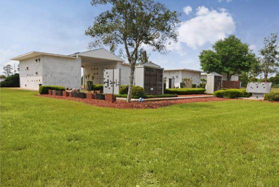 Deltona Memorial Funeral Home at Orange City, FL