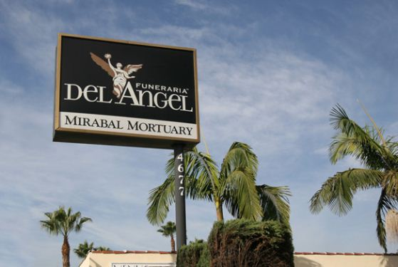 Funeraria Del Angel Bell at Bell, CA