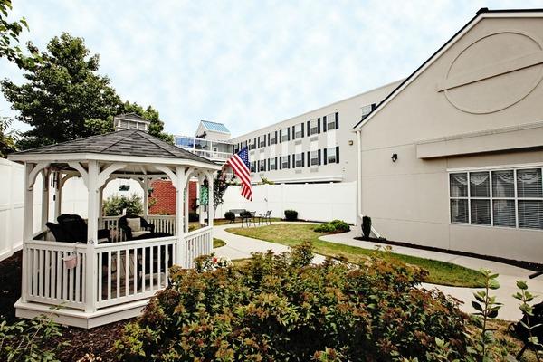 Commonwealth Memory Care at Norfolk at Norfolk, VA