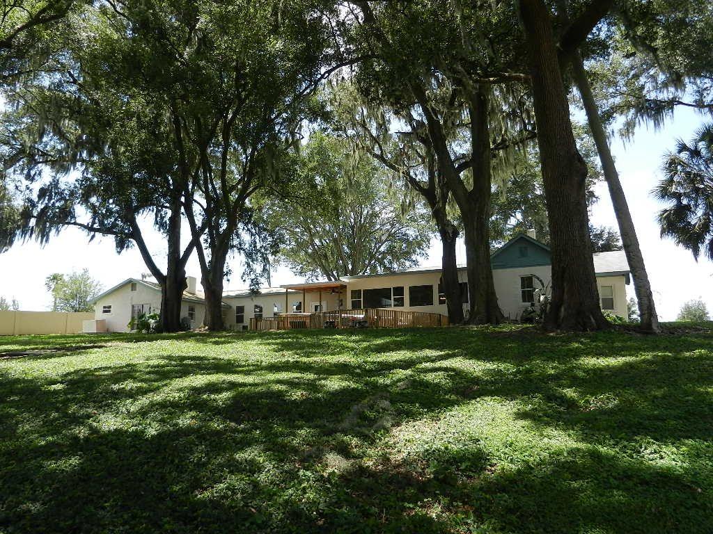 Lakeshore Living Inc at Thonotosassa, FL