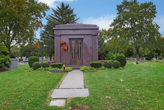 Elmwood Cemetery and Mausoleum at River Grove, IL