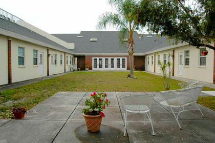 Brookdale Colonial Park at Sarasota, FL