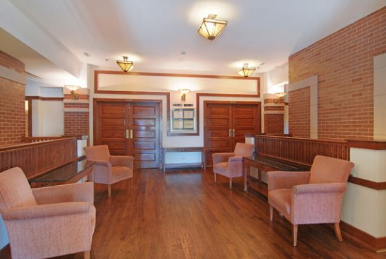 Mount Auburn Funeral Home at Berwyn, IL
