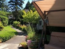 Peters Creek Retirement & Assisted Living at Redmond, WA
