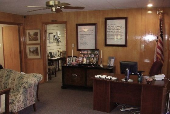 George Price Funeral Home at Levelland, TX