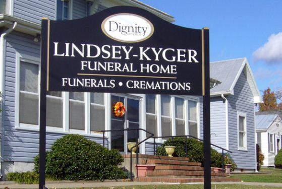 Lindsey-Kyger Funeral Home at Shenandoah, VA