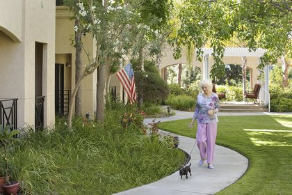Silvergate Retirement Residence at Fallbrook, CA