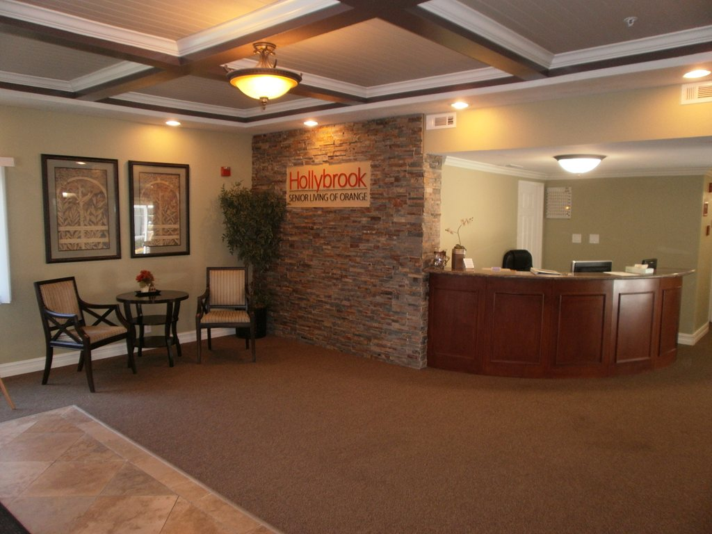 Hollybrook Senior Living at Orange at Santa Ana, CA