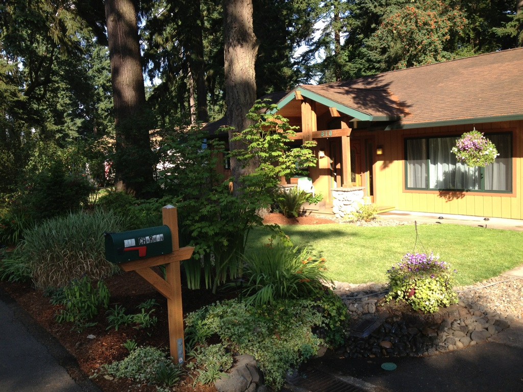 Cedar Lodge Care Home at Oregon City, OR