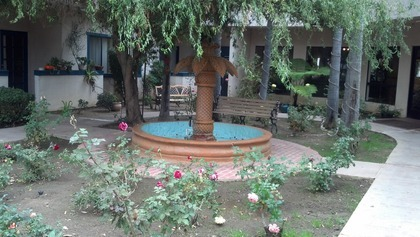 Courtyard Plaza at Van Nuys, CA