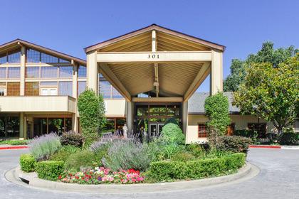 Oakmont Gardens at Santa Rosa, CA