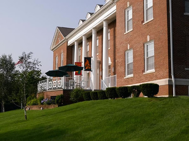 Atria Larson Place at Hamden, CT