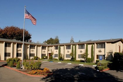 Auburn Oaks Senior Living at Citrus Heights, CA