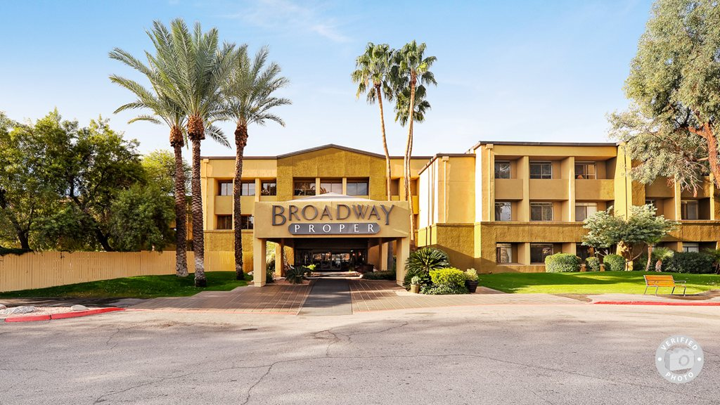 Broadway Proper Retirement Community at Tucson, AZ