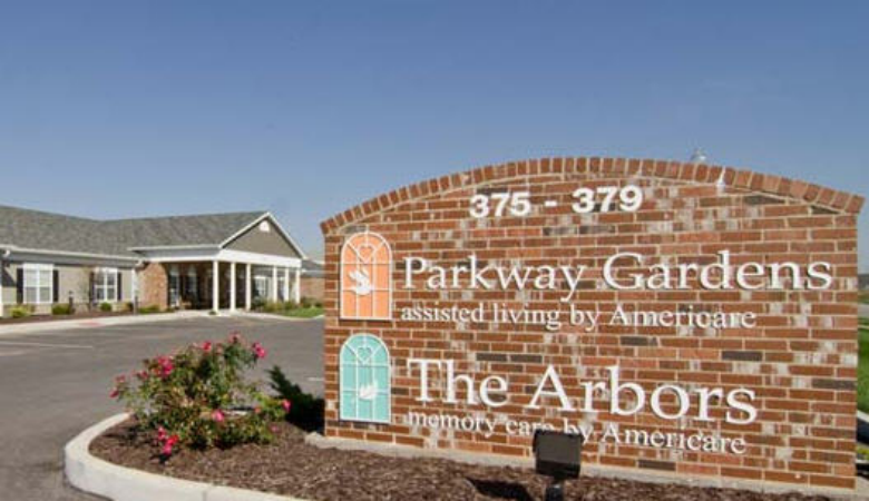 Parkway Gardens & Arbors at Parkway Gardens at Fairview Heights, IL