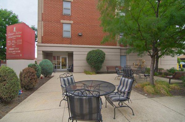 Senior Suites of Garfield Ridge at Chicago, IL
