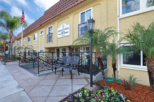 Mountview Senior Living at Montrose, CA